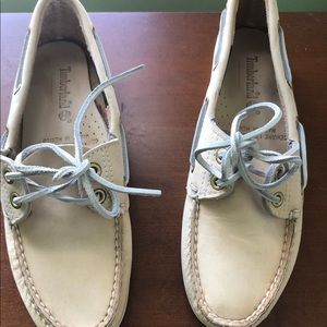 Vintage Timberland boat shoes 8 off white